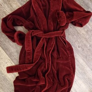 Victoria Secret Robe xs/sm Burgundy